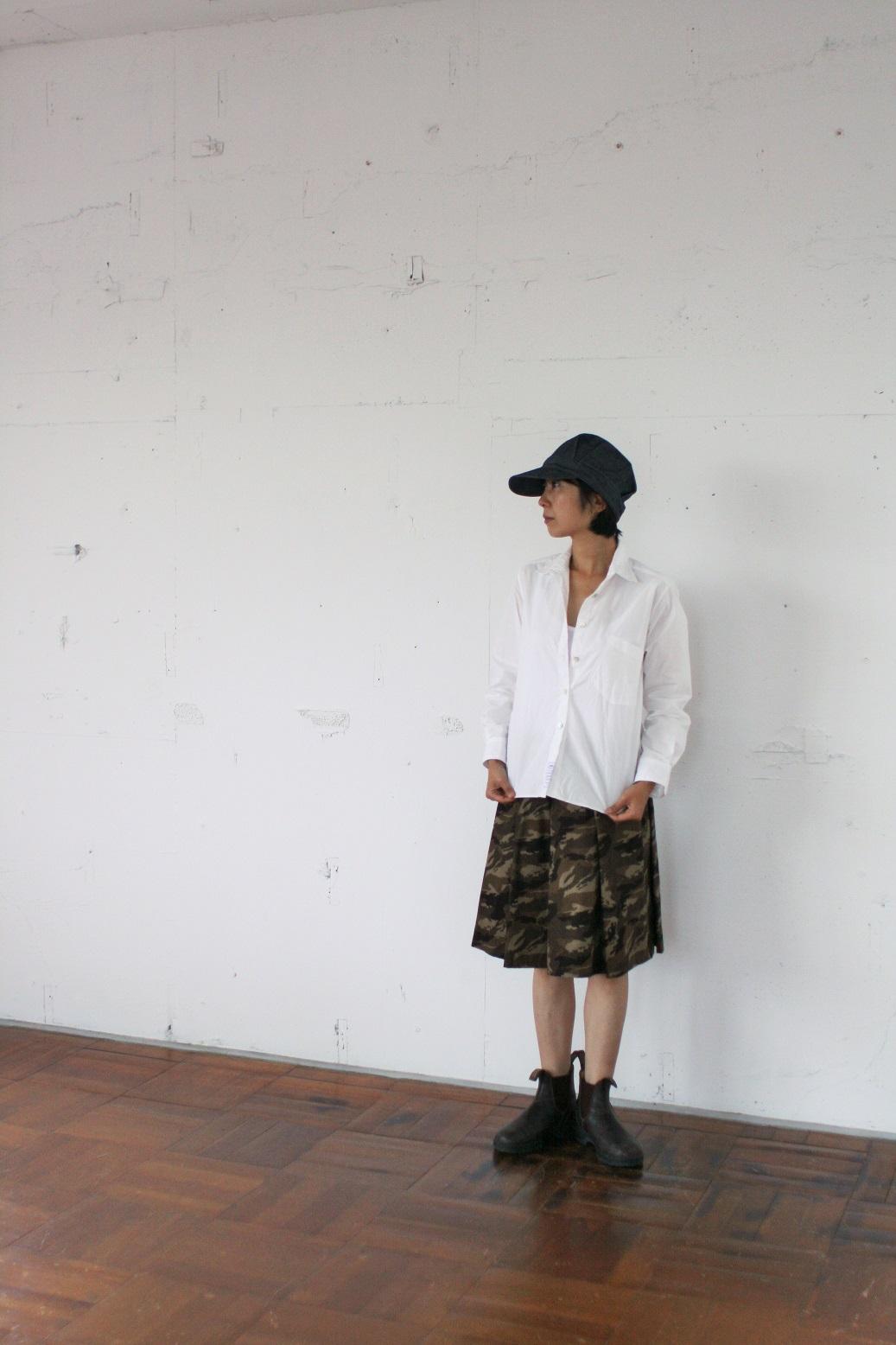 大人のフレアスカート